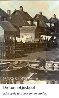 Tonnetjesboot bij de vuilnisbelt van Krommenie